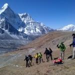 Nepalas Pakeliui į Kongma La perėją, fone Amadablan viršūnė