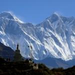 Nepalas Pakeliui į Tengboche, fone Everestas, Lhotse ir Knuptse