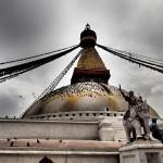 Kelionė į Nepalą - Boudhanath stupa. Visada gera sugrįžti ir ramiai pasėdėti.