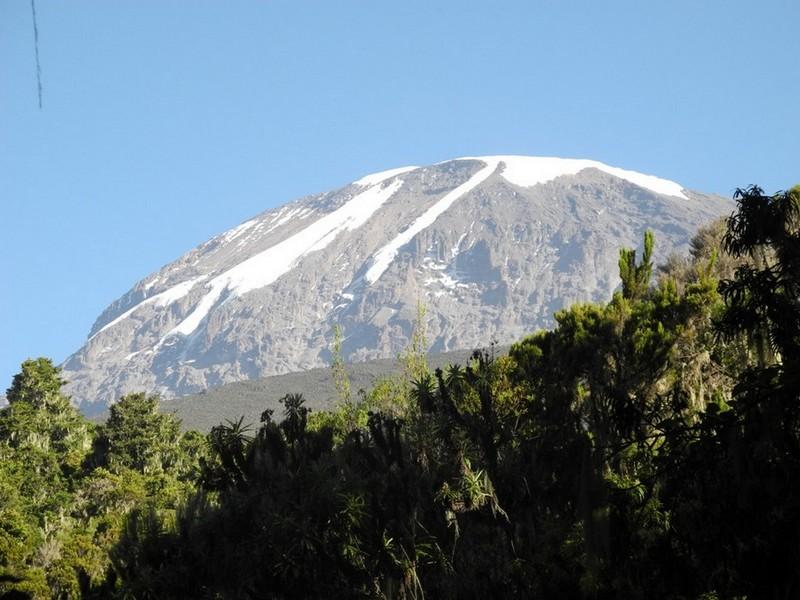 Kilimandzaras iš apačios